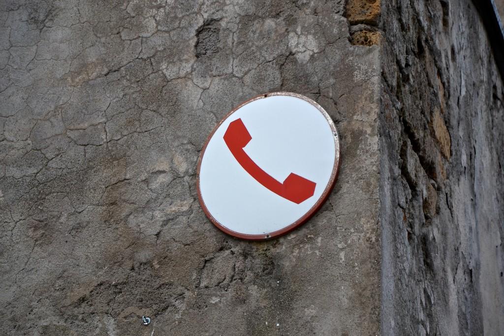 Telefonhinweisschild